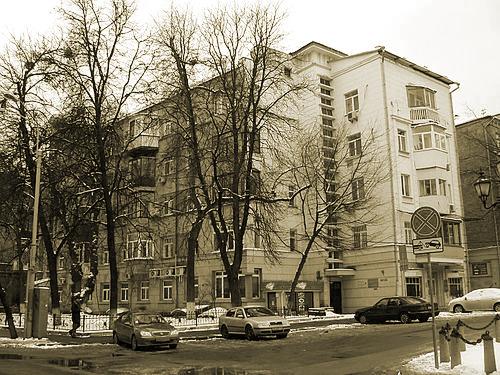 500px-Kyiv_Zolotovorotska_2